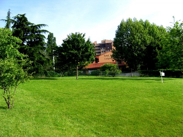 Paysagiste sp cialiste dans la cr ation d 39 espace vert for Entretien jardin laval 53